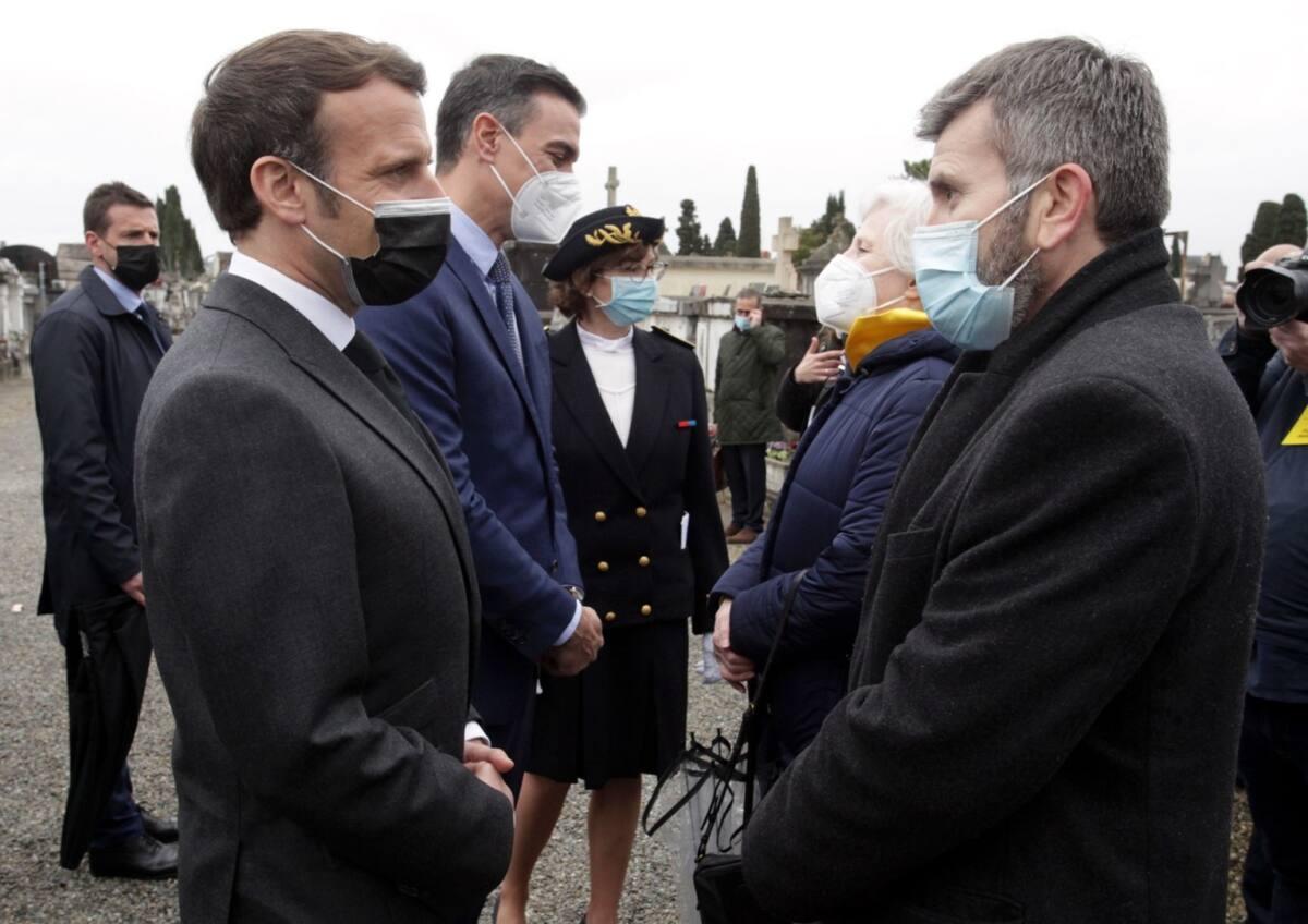 Macron et Llamas